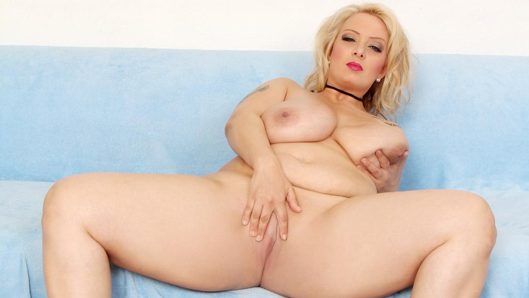 Blonde Big Boobed Girl