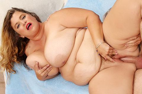 Big titty BBW Hayley Jane enjoys a dick in pussy